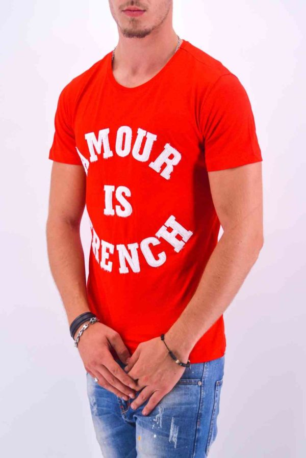 "TEE-SHIRT ""AMOUR IS FRENCH"" ROUGE HOMME - Mode Urbaine AD-18 R"